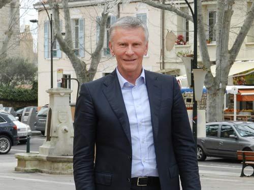 Jean Claude Feraud crée le label étiquette : «Maire de Provence» pour les Municipales et s'explique sur Europe1