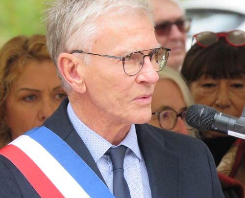 Communiqué de cloture de mandat du maire sortant Jean Claude Feraud, qui annonce son choix pour la mandature suivante
