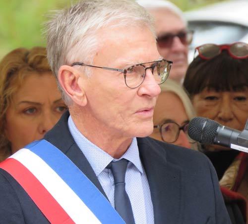 Jean-Claude Feraud dévoile sa lettre de candidature & annonce un rendez vous public